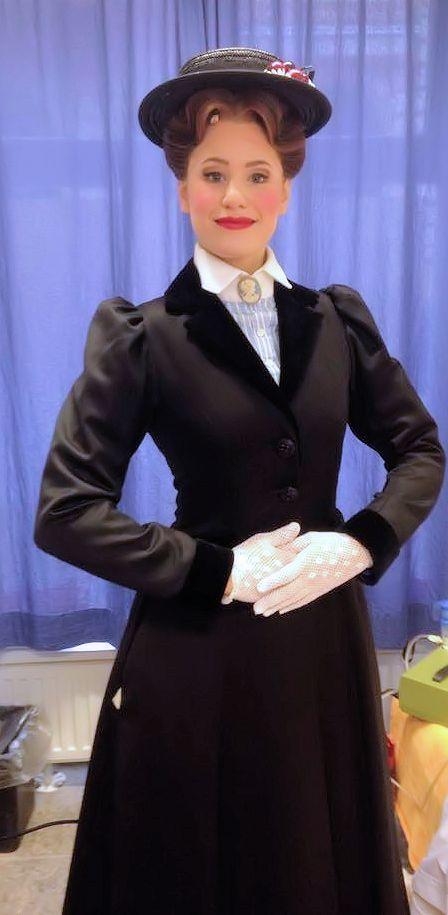 Lisa HABERMANN als Mary Poppins ©Habermann