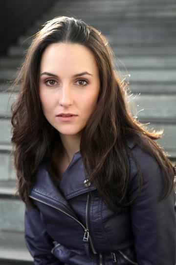 Isabel Trinkaus Portrait 1_web400